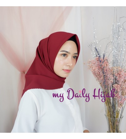 Hijab Segi 4 Lasercut Diamond Cloud Red Violet