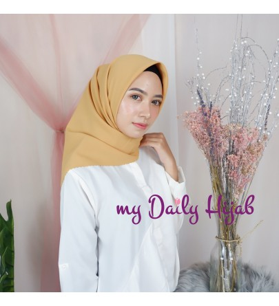 Hijab Segi 4 Lasercut Diamond Cloud Amber