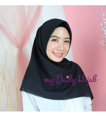 Hijab Segi 4 Lasercut Voal Poly Cloud Black