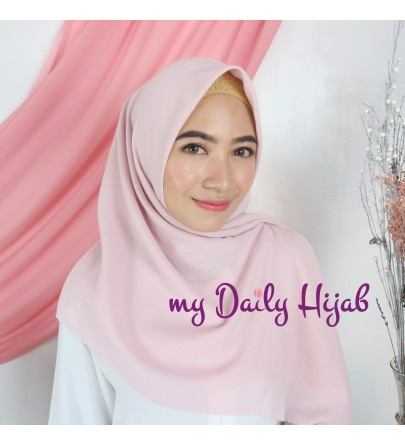 Hijab Segi 4 Lasercut Voal Gucci / Miracle Cloud Pale Pink